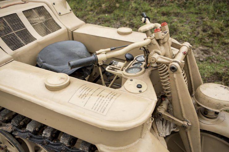 SU Kettenkrad 17 740x492 - SdKfz 2 Kettenkrad