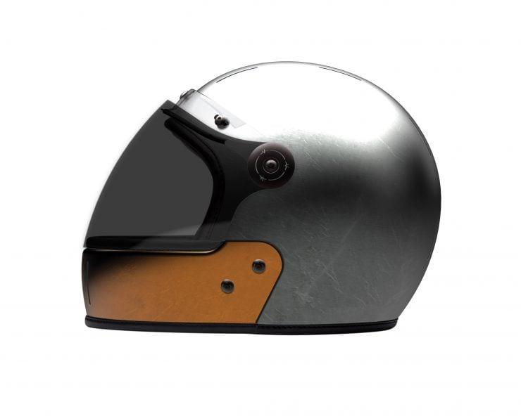 VELDT Full Face Carbon Helmet 2 740x592 - VELDT Full Face Carbon Helmet