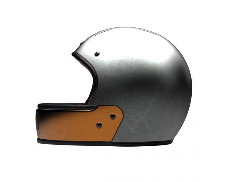 VELDT Full Face Carbon Helmet 740x592 - VELDT Full Face Carbon Helmet