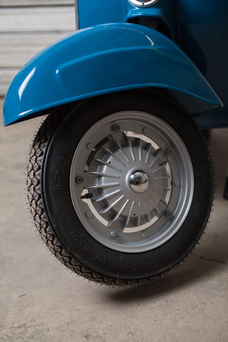Vespa SS90 25 740x1110 - Vespa SS90