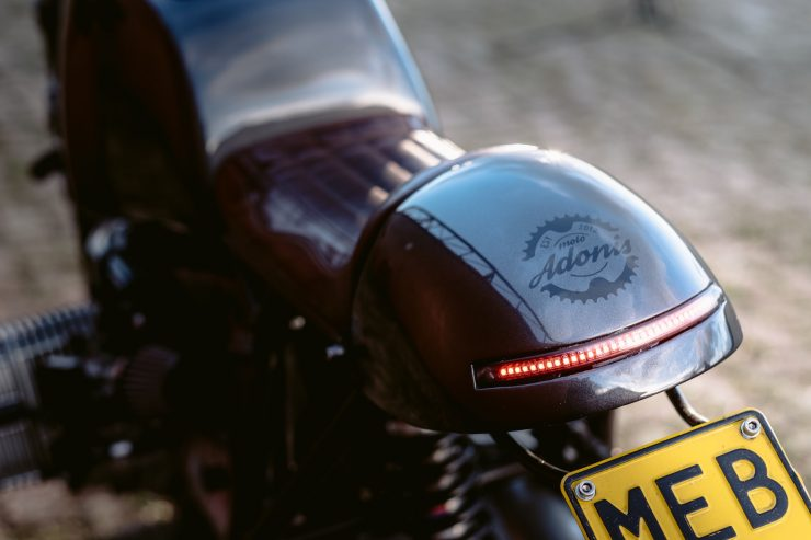 bmw r1100s custom motorcycle 16 740x493 - Moto Adonis BMW R1100S
