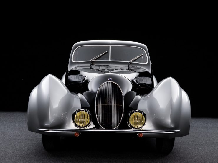talbot lago car 10 740x554 - 1937 Talbot-Lago T150-C SS 'Goutte d'Eau' Coupé