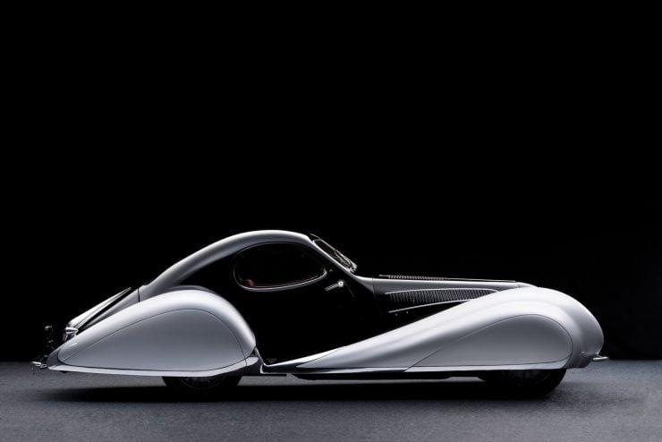 talbot lago car 5 740x494 - 1937 Talbot-Lago T150-C SS 'Goutte d'Eau' Coupé