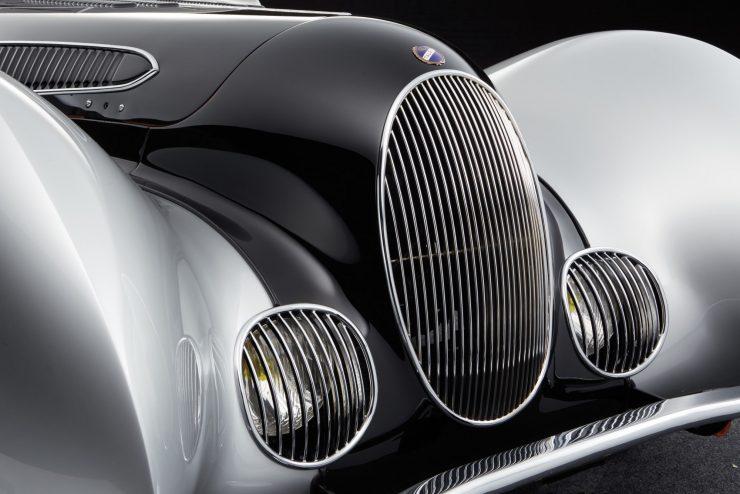 talbot lago car 7 740x494 - 1937 Talbot-Lago T150-C SS 'Goutte d'Eau' Coupé