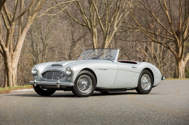 Austin Healey 3000 740x493 - The Essential Buying Guide - Austin-Healey 3000