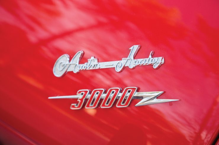 Austin Healey 3000 Mk II badge 740x493 - The Essential Buying Guide - Austin-Healey 3000