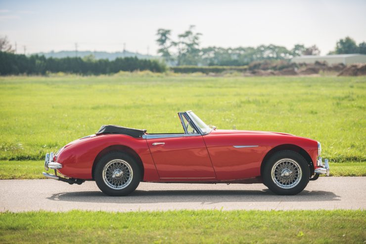 Austin Healey 3000 Mk III 1 740x494 - The Essential Buying Guide - Austin-Healey 3000