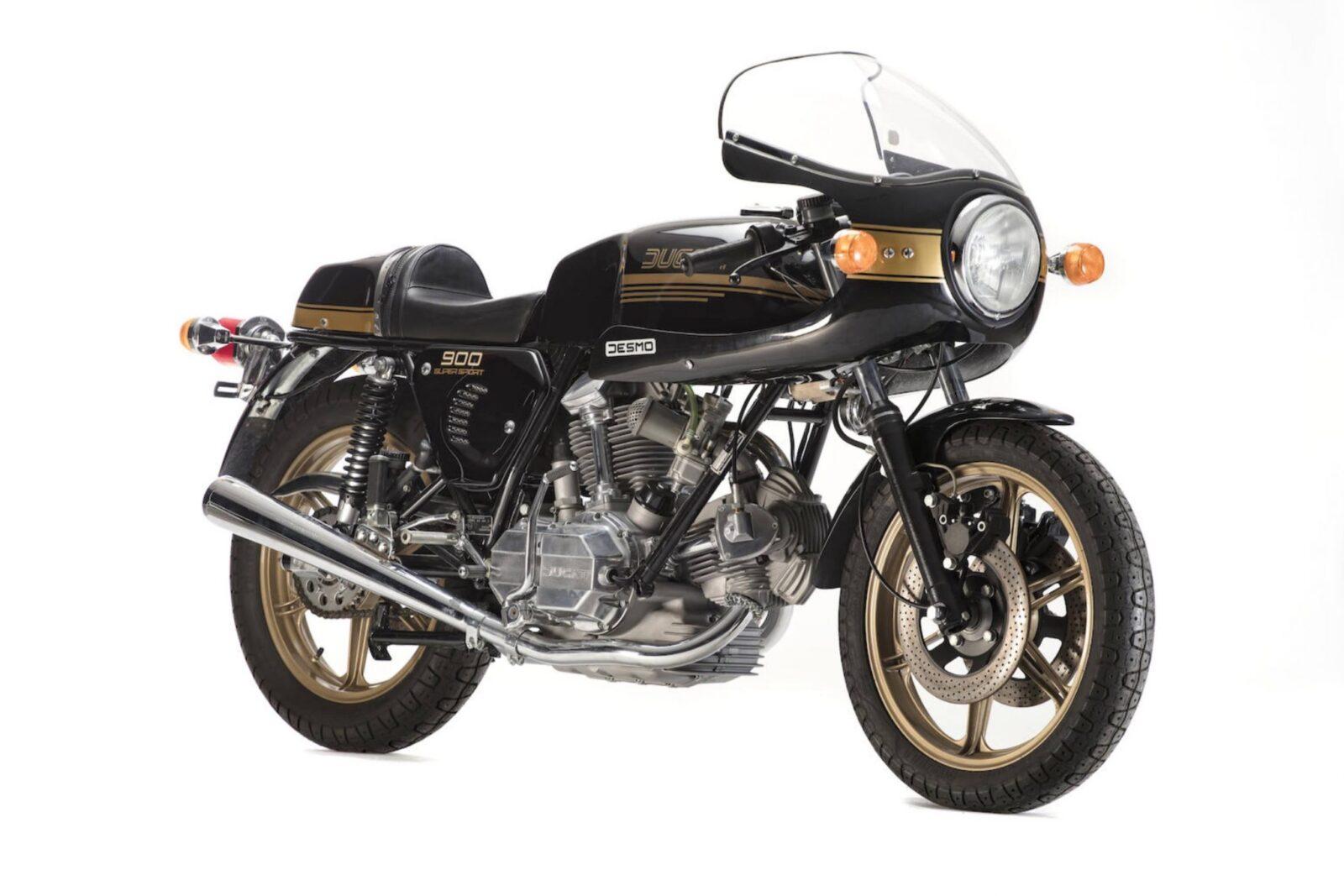 Ducati 900SS 1600x1067 - Ducati 900SS
