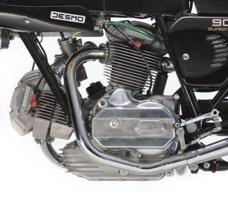 Ducati 900SS 3 740x661 - Ducati 900SS