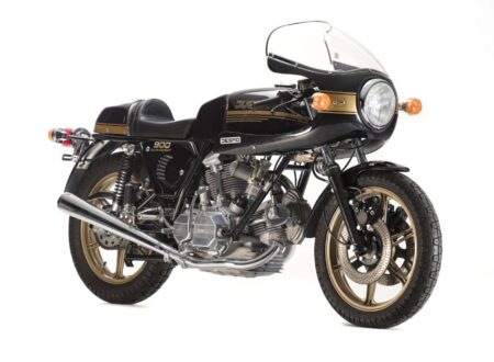 Ducati 900SS 450x330 - Ducati 900SS
