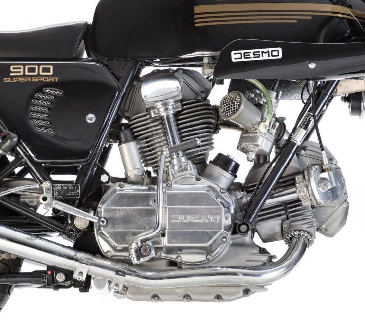 Ducati 900SS 7 740x674 - Ducati 900SS