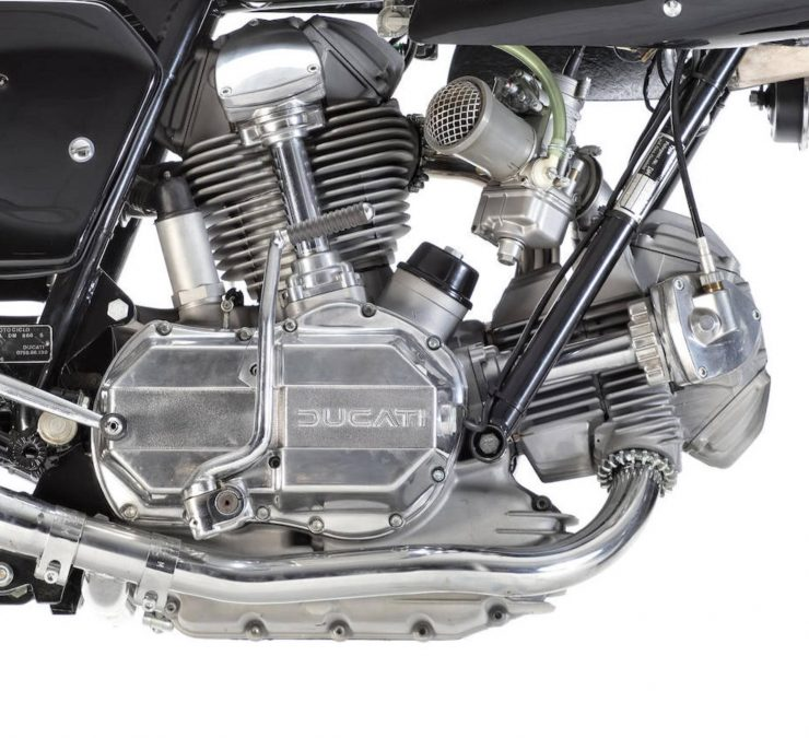 Ducati 900SS 9 740x675 - Ducati 900SS