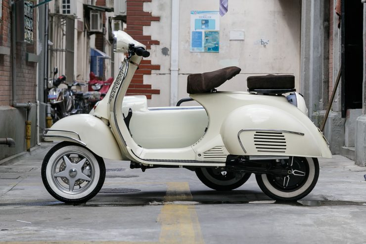 Electric Scooter 740x493 - Shanghai Customs 100% Electric Sidecar Scooter