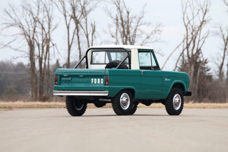 Ford Bronco 2 740x493 - 1967 Ford Bronco Half Cab