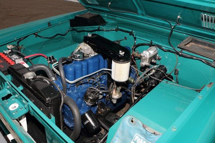 Ford Bronco 5 740x493 - 1967 Ford Bronco Half Cab