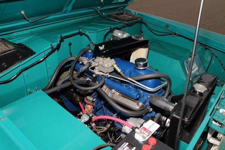Ford Bronco 6 740x493 - 1967 Ford Bronco Half Cab