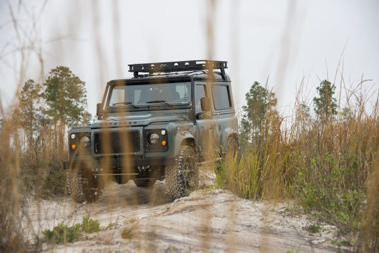 Land Rover Defender 90 12 740x494 - Project 13 Land Rover Defender 90