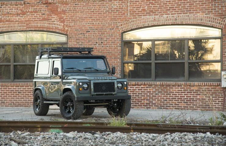 Land Rover Defender 90 14 740x481 - Project 13 Land Rover Defender 90