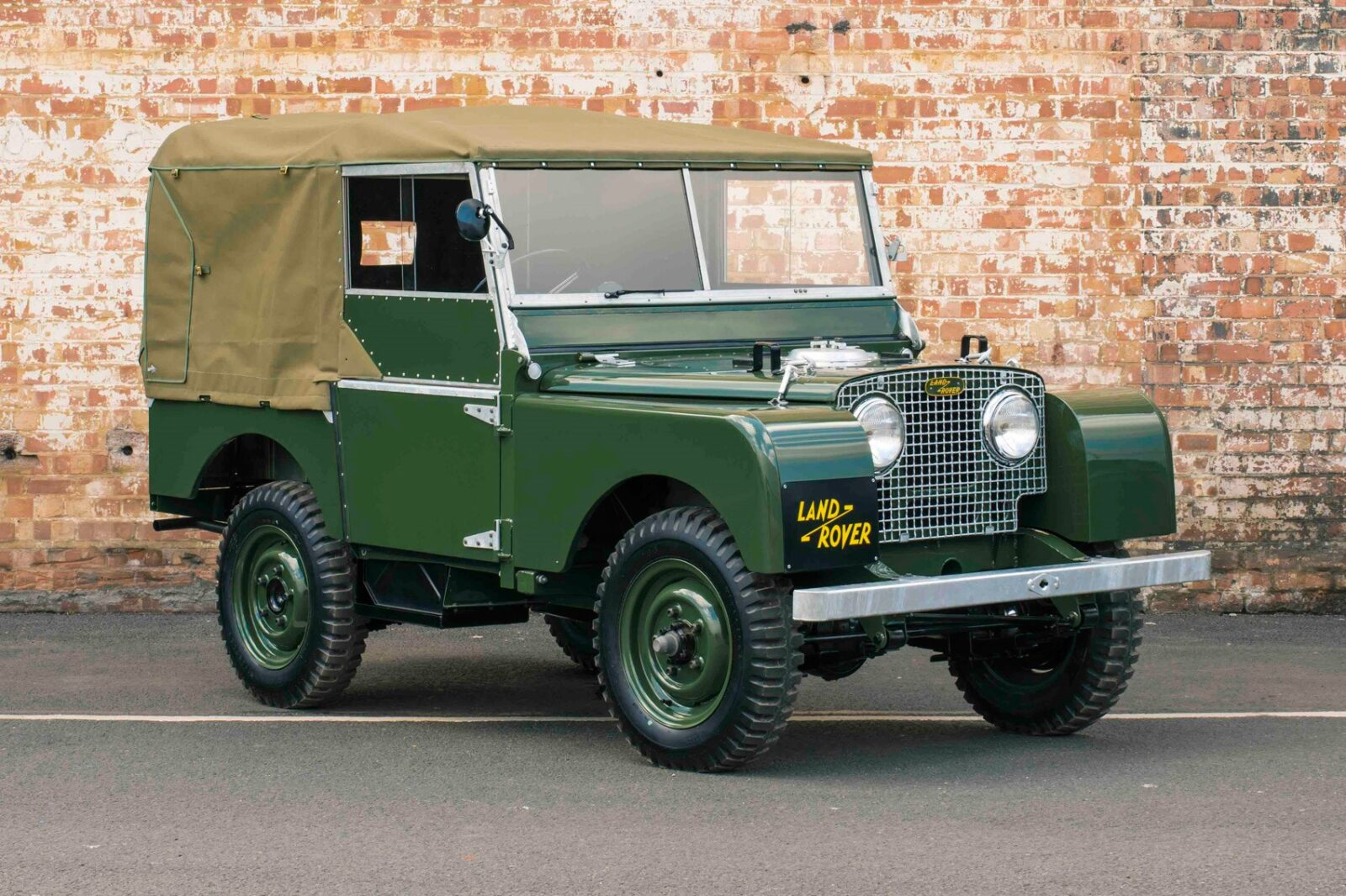 Land Rover Series I 1600x1065 - The Essential Buying Guide: Land Rover Series I