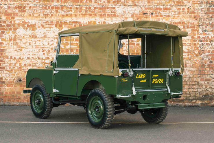 Land Rover Series I 4 740x493