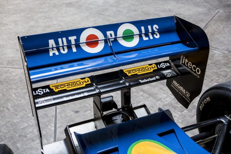 Michael Schumacher 1991 Benetton Formula 1 Car 14 740x493 - Ex-Michael Schumacher 1991 Benetton F1 Car