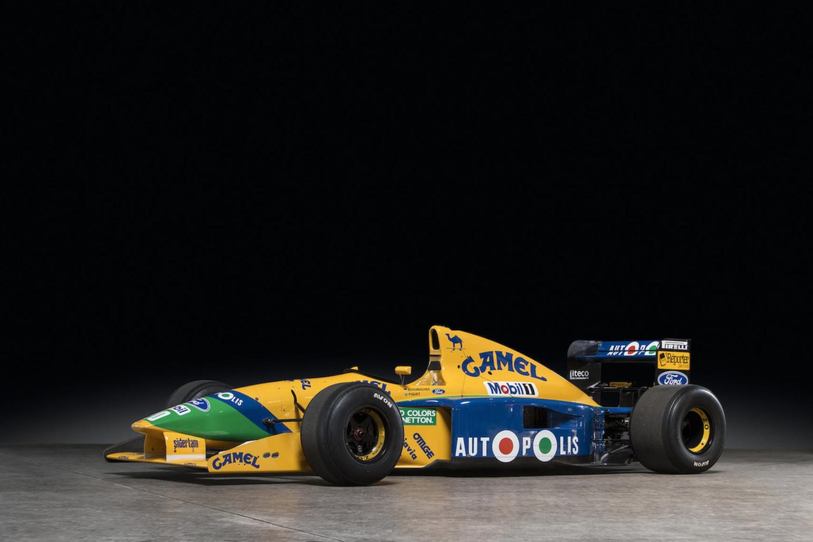 Michael Schumacher 1991 Benetton Formula 1 Car 1600x1067 - Ex-Michael Schumacher 1991 Benetton F1 Car