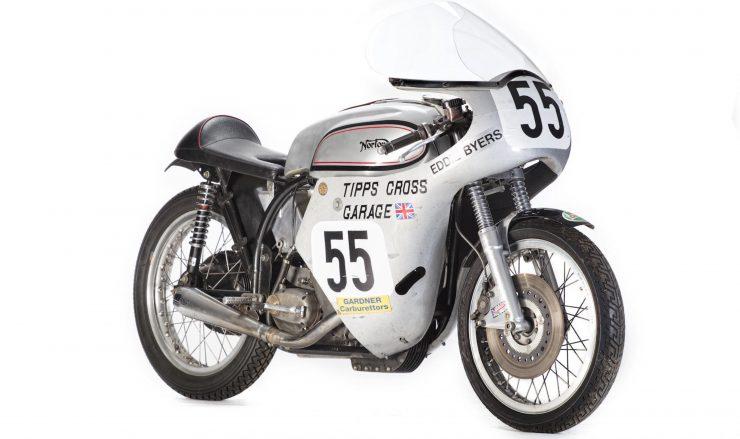 Norton Manx Racing Motorcycle 1 740x439 - Norton Manx