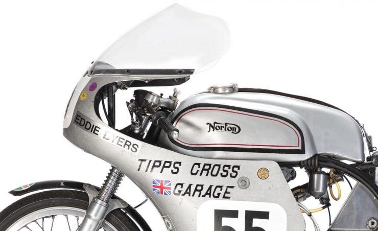 Norton Manx Racing Motorcycle 3 740x452 - Norton Manx