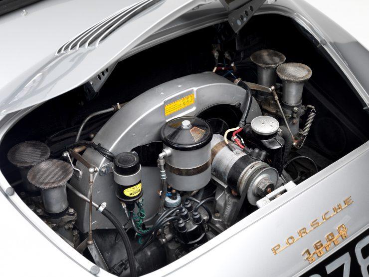 Porsche 356 Speedster 10 740x555 - 1958 Porsche 356 A 1600 Super Speedster