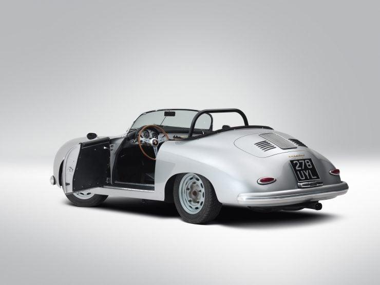 Porsche 356 Speedster 20 740x555 - 1958 Porsche 356 A 1600 Super Speedster