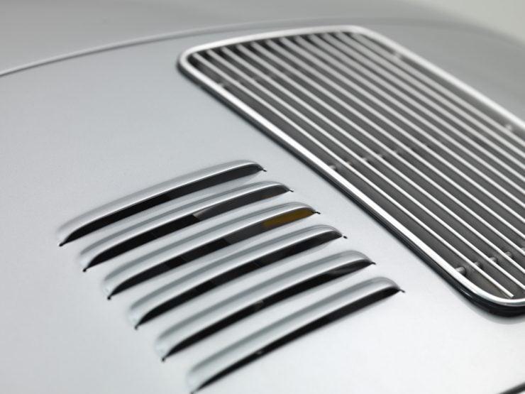 Porsche 356 Speedster 3 740x555 - 1958 Porsche 356 A 1600 Super Speedster