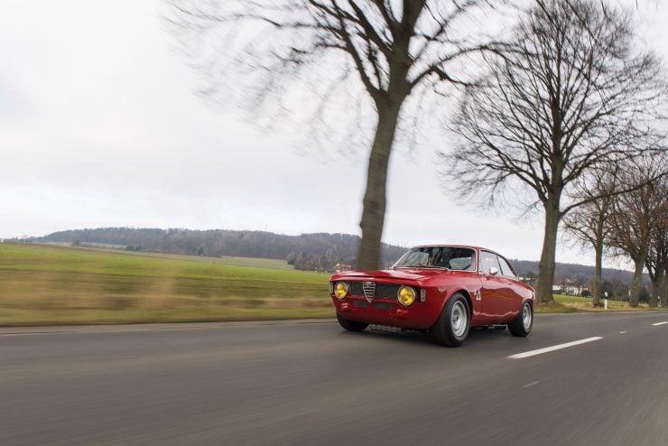 alfa romeo giulia 17 740x494 - 1965 Alfa Romeo Giulia Sprint GTA