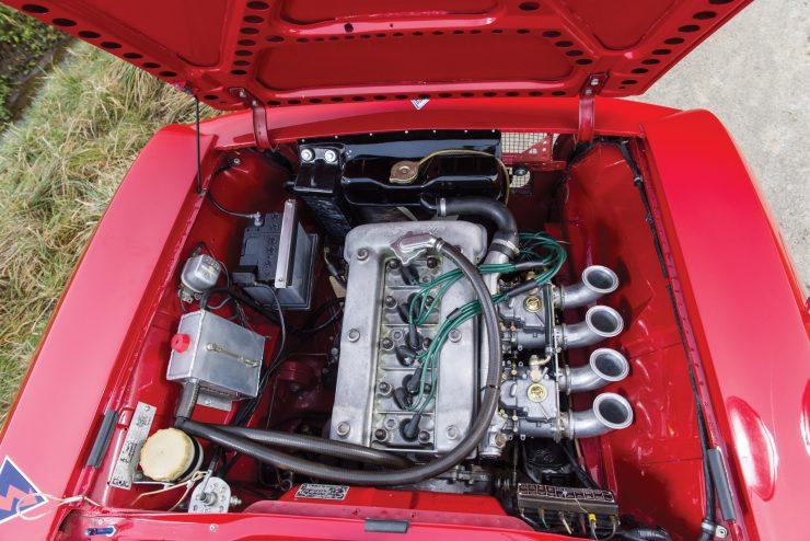 alfa romeo giulia 3 740x494 - 1965 Alfa Romeo Giulia Sprint GTA