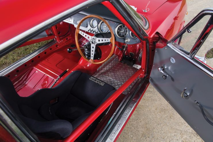 alfa romeo giulia 4 740x494 - 1965 Alfa Romeo Giulia Sprint GTA