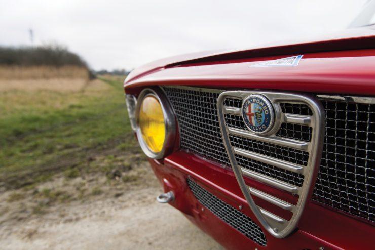 alfa romeo giulia 6 740x494 - 1965 Alfa Romeo Giulia Sprint GTA