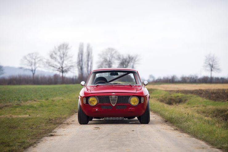 alfa romeo giulia 9 740x494 - 1965 Alfa Romeo Giulia Sprint GTA