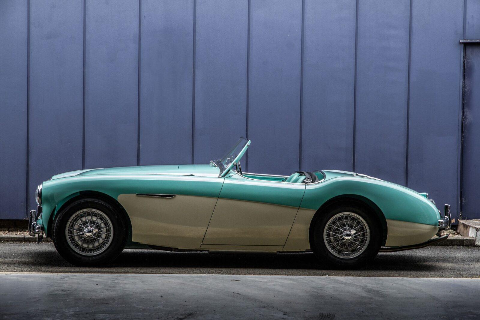Austin Healey 1004 12 1600x1067 - The 1955 Earls Court Motor Show Car - Austin-Healey 100/4