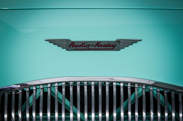 Austin Healey 1004 2 740x493 - The 1955 Earls Court Motor Show Car - Austin-Healey 100/4