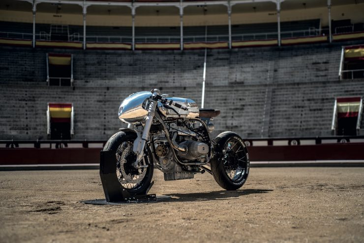 BMW R100RS 11 740x494 - Revival of the Machine BMW R100RS
