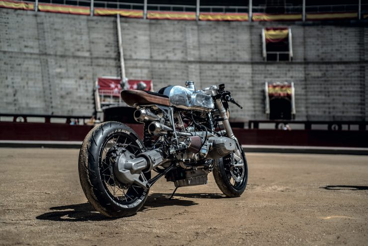 BMW R100RS 8 740x494 - Revival of the Machine BMW R100RS