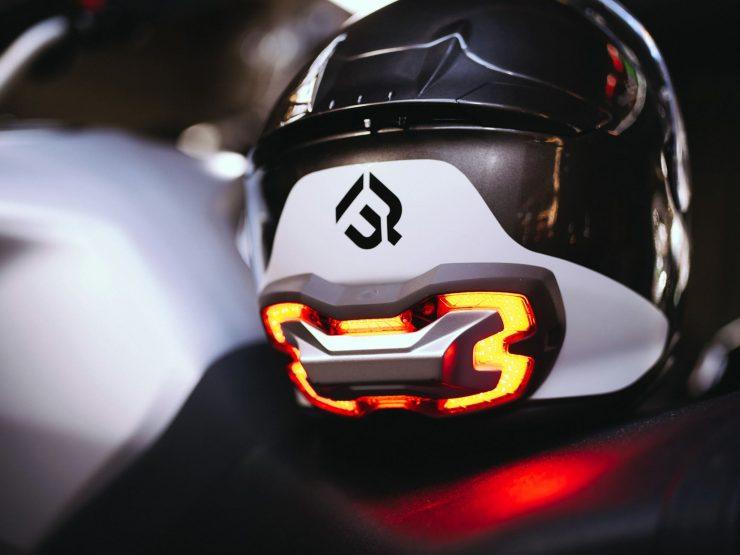 BrakeFree The Smart Brake Light for Motorcyclists 7 740x555 - BrakeFree: Smart Brake Light for Motorcyclists