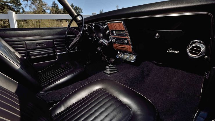 Chevrolet Yenko Camaro 8 740x416 - 1968 Chevrolet Yenko Camaro