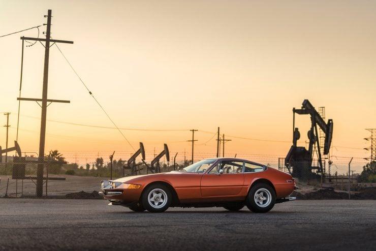 "Ferrari 365 GTB 4 Daytona 7 740x494 - 1971 Ferrari 365 GTB/4 Daytona ""Harrah Hot Rod"""