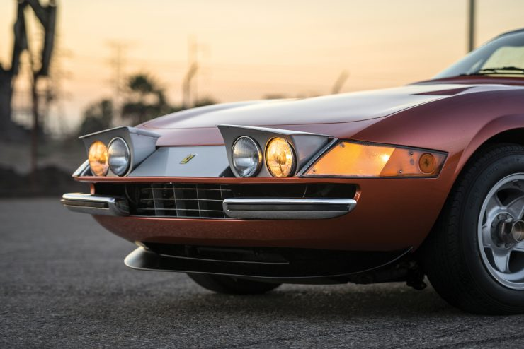 "Ferrari 365 GTB 4 Daytona Headlights 740x494 - 1971 Ferrari 365 GTB/4 Daytona ""Harrah Hot Rod"""