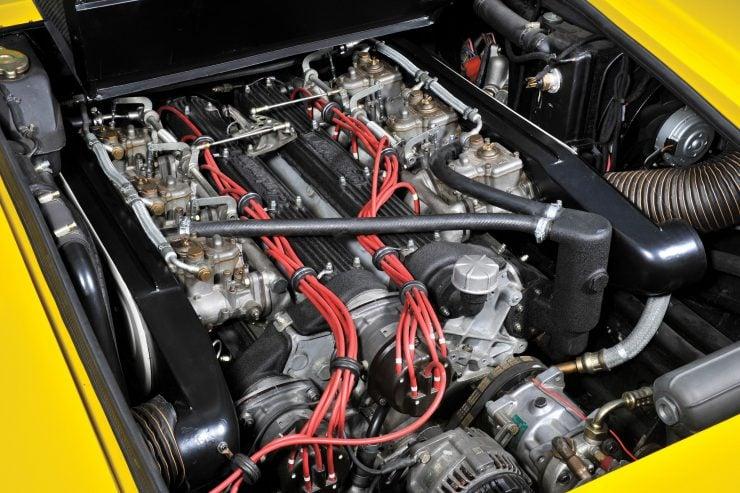 Lamborghini Countach LP400 Engine 740x493 - 1975 Lamborghini Countach LP400 Periscopio