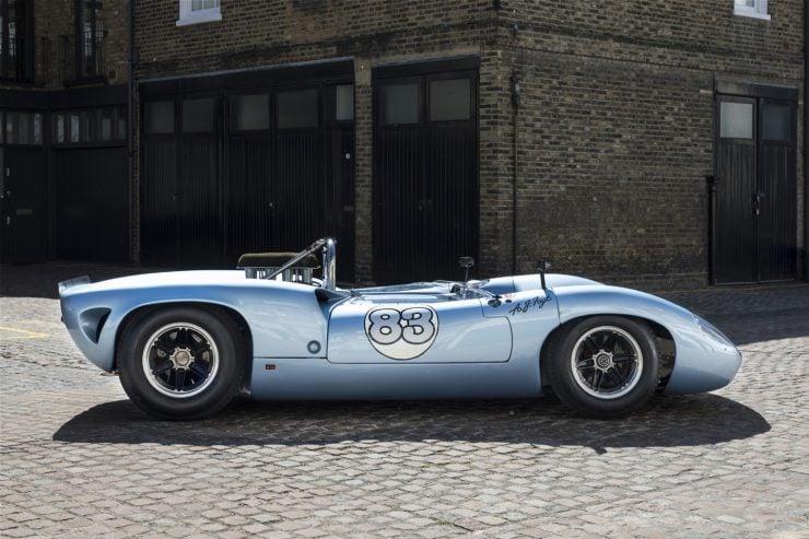 Lola T70 Racing Car 1 740x493 - 1966 Lola T70 MkII Spyder