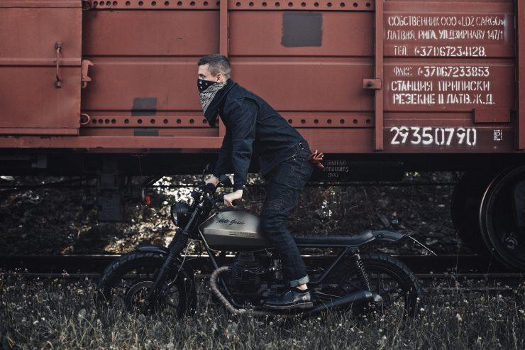 Pando Moto Capo Rider Armored Denim Jacket 6 740x493 - Pando Moto Capo Rider Armored Denim Jacket