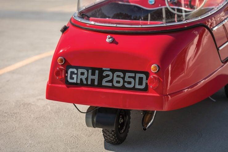 Peel Trident 6 740x494 - 1965 Peel Trident