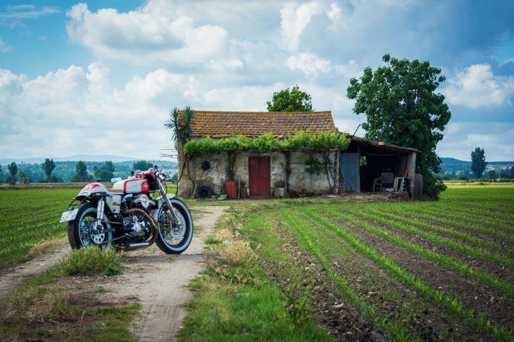 harley davidson ironhead sportster 1 740x493 - Redonda Motors Harley-Davidson Ironhead
