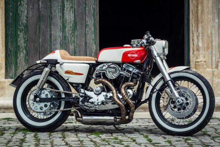 harley davidson ironhead sportster 13 740x493 - Redonda Motors Harley-Davidson Ironhead